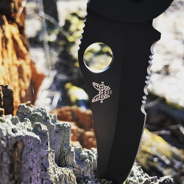 Benchmade - Closeup on the Griptilian! #benchmade#benchmadeknives#mybenchmade#griptilian#edc#knifepic#knifelife#knifestagram#knivesofinstagram#tacticalcarry